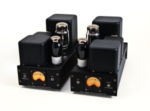 Icon Audio MB30SE mono amplifiers