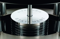 Clearaudio Statement v2 turntable self-levelling pendulum detail
