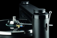 Clearaudio Statement v2 TT1 tonearm detail