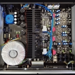 Audio Analogue AAcento amplifier - interior view