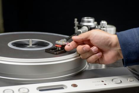 DS Audio ST-50 on platter
