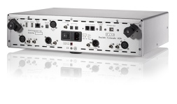 Ayre EX-8 integrated amplifier rear view