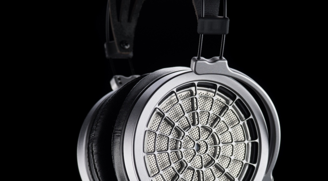 Mr Speakers Voce headphone receives the full five stars & Hi-Fi Choice Recommended badge