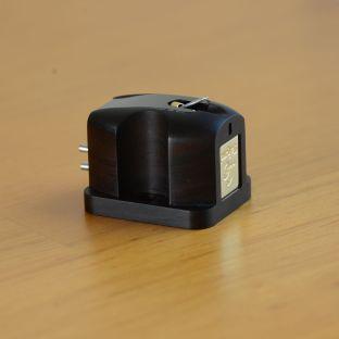 Miyajima Takumi Stereo L phono cartridge