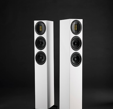 Finesse with a smaller footprint: Hi-Fi Choice tunes into Scansonic's compact M20 floorstanding loudspeaker